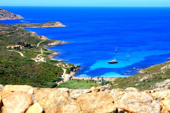 Location de vacances bord de mer en corse - Chambre d hote corse du sud bord de mer ...