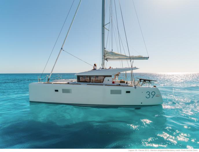 Catamaran Lagon