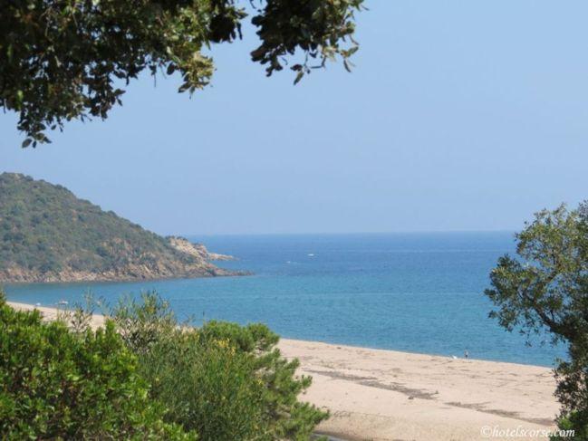 La plage de Lavu Santu
