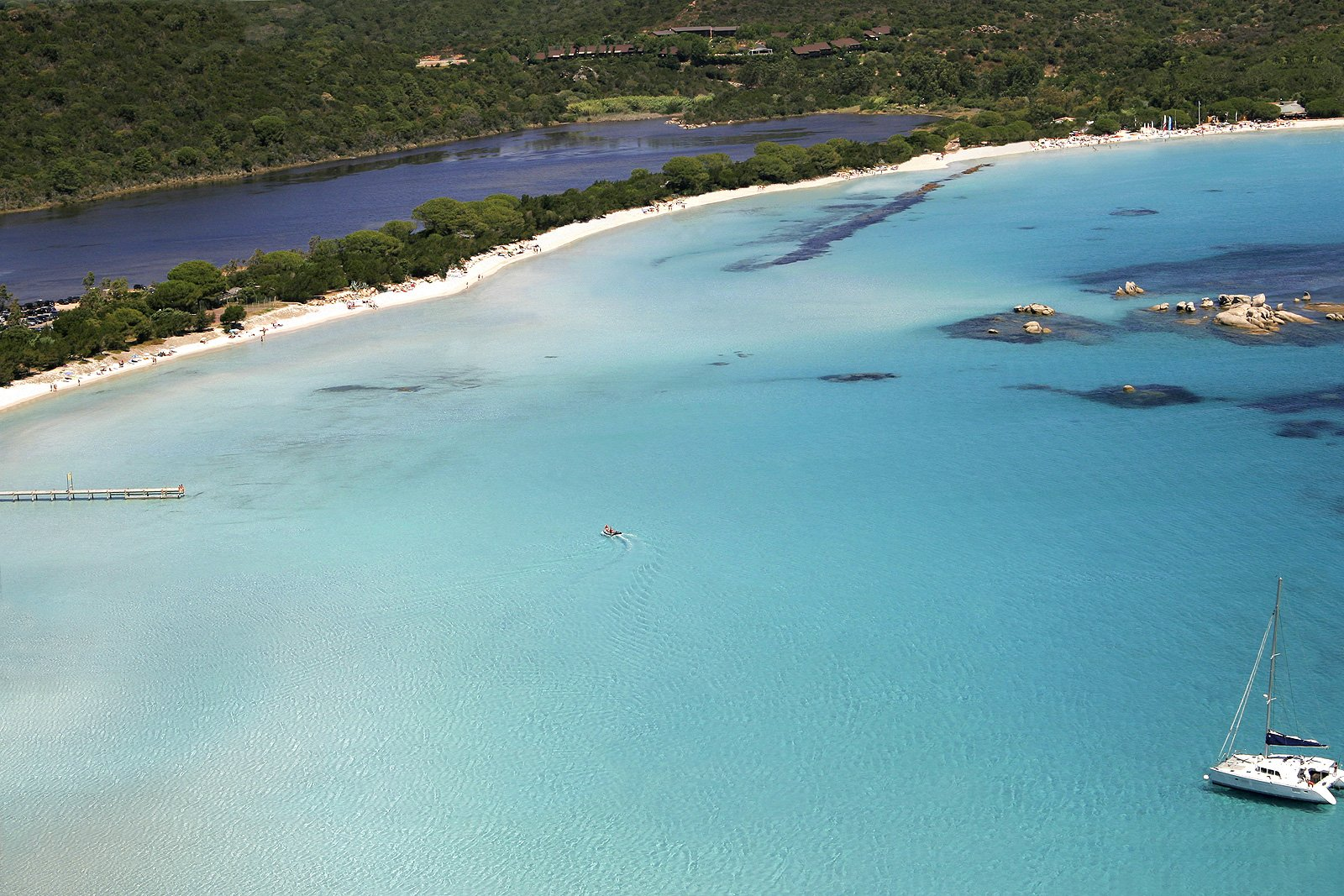 Qualité des eaux de baignade en Corse